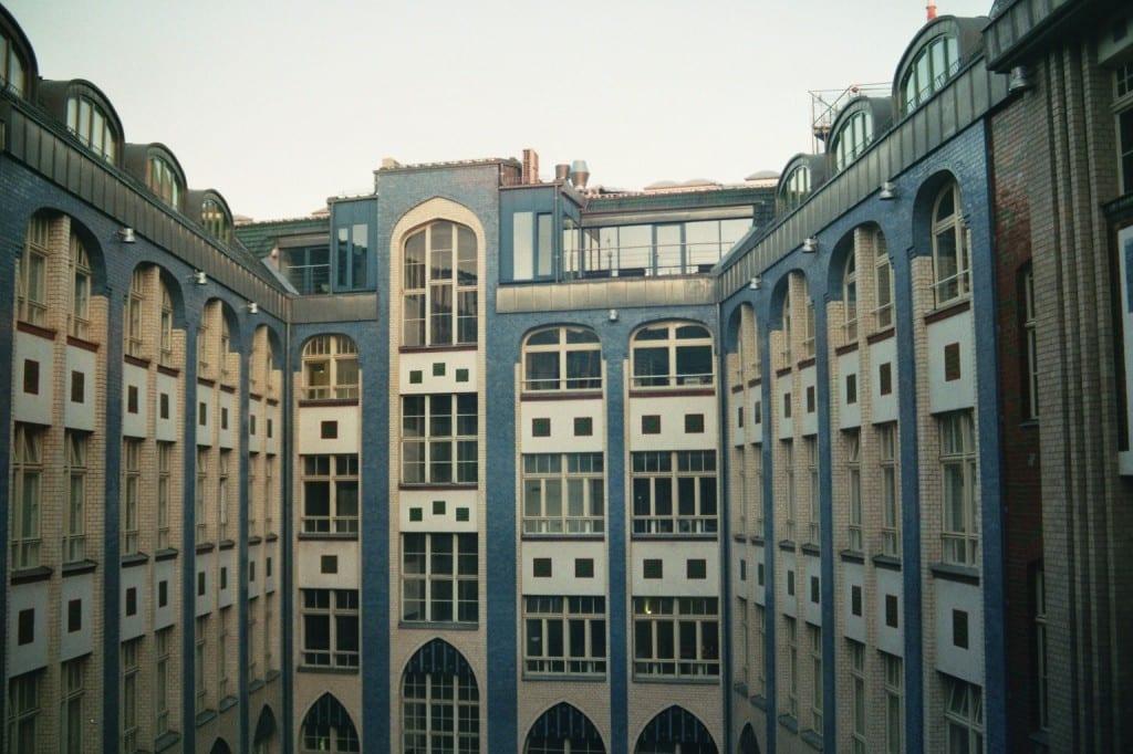 Hackesche Höfe - vue du cinéma dans la première cour