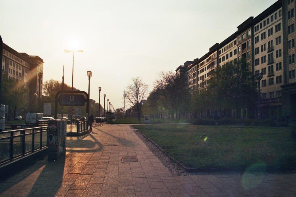 Karl Marx Allee un soir de printemps - Berlin