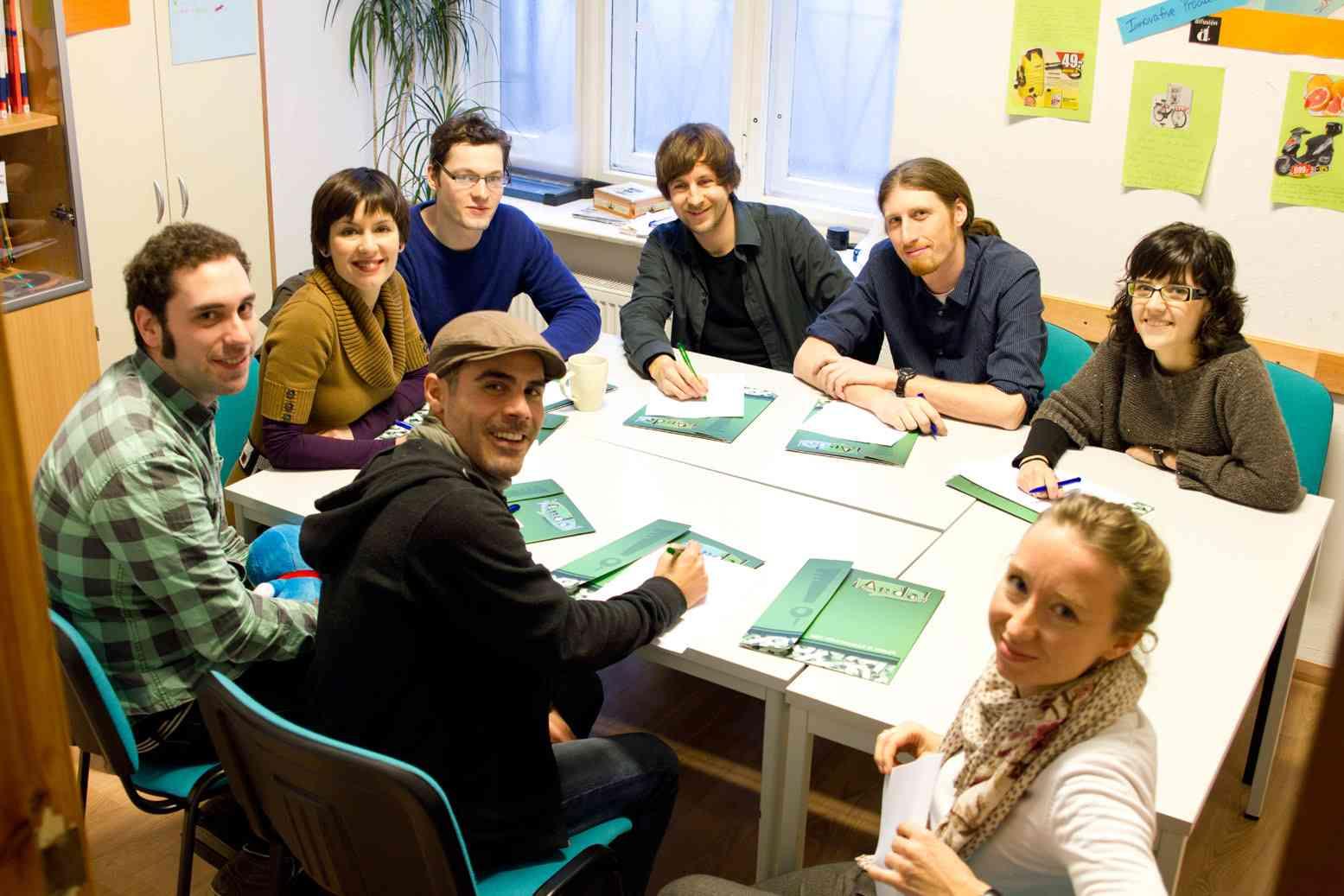 ab - équipe d'enseignants à l'école de langue Anda-Sprachschule Berlin