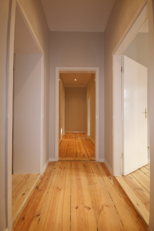 Couloir manteuffelstrasse appartement for Couloir appartement