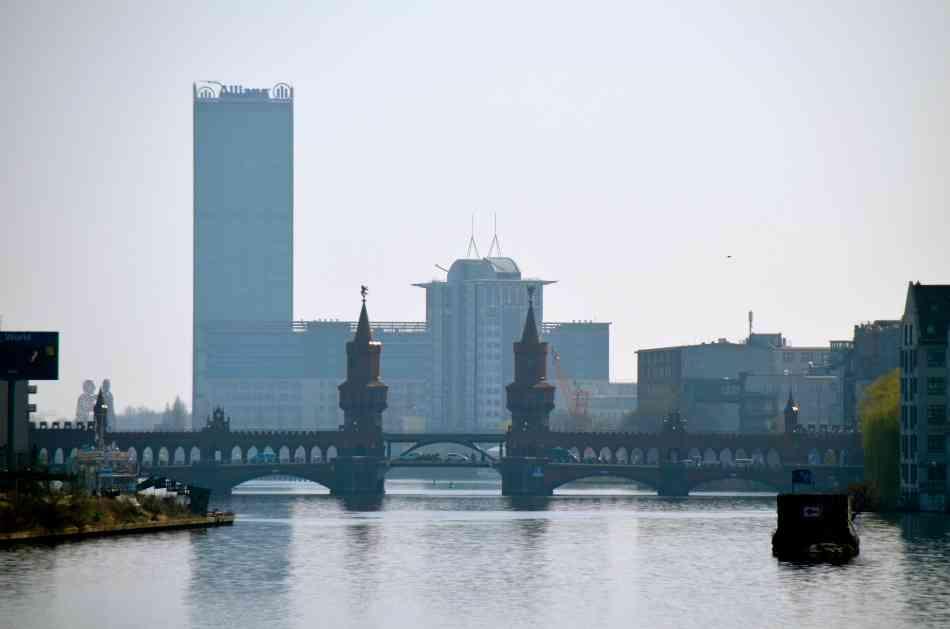 Vue sur spree et oberbaumbr cke appartement - Achat immobilier berlin ...