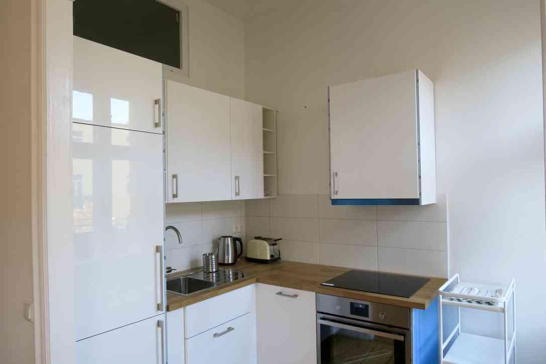 cuisine quip e appartement. Black Bedroom Furniture Sets. Home Design Ideas