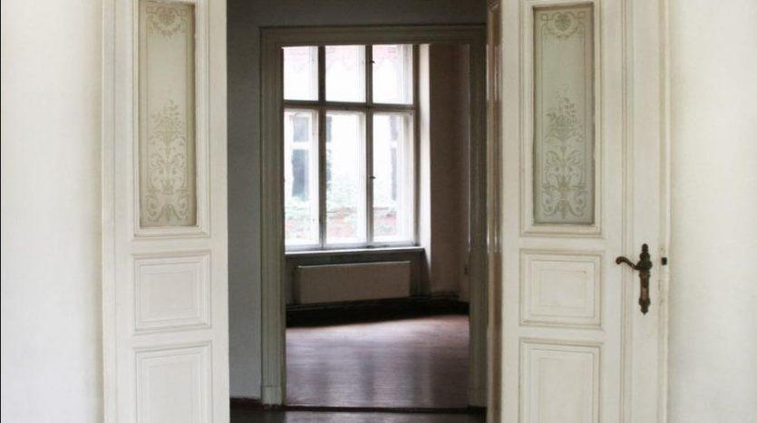 Très belle porte style Gründerzeit