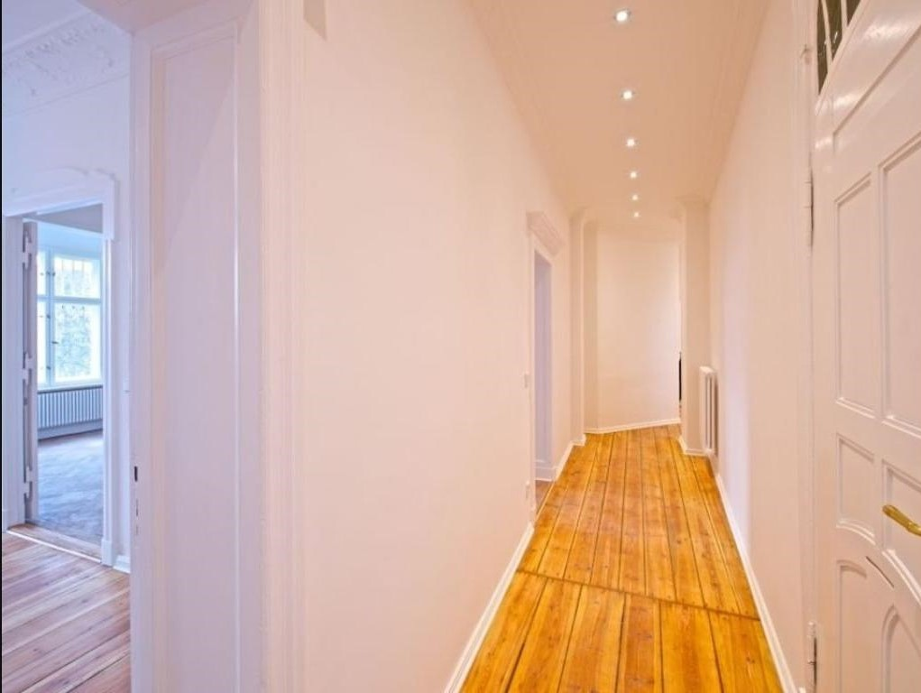 Investissement locatif fort potentiel et superbe vue kreuzberg appartement for Couloir appartement