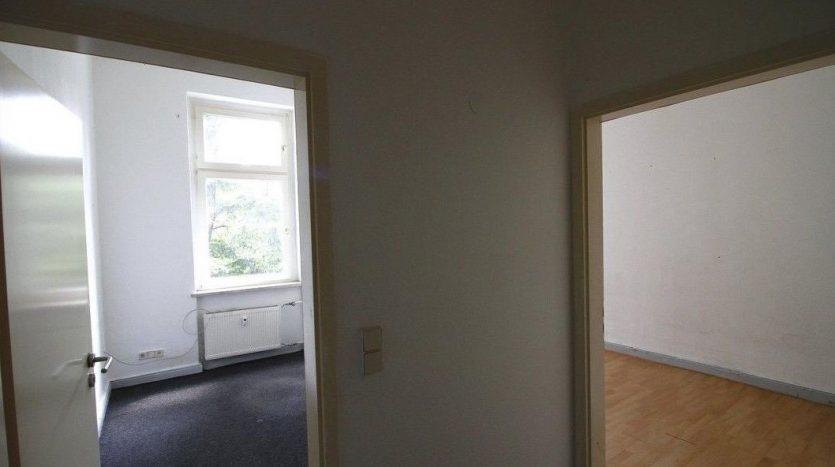 Seconde partie de l'entrée, vue sur les chambres 3 et 4