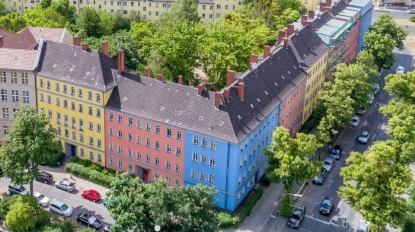 immeuble avec une belle façade colorée