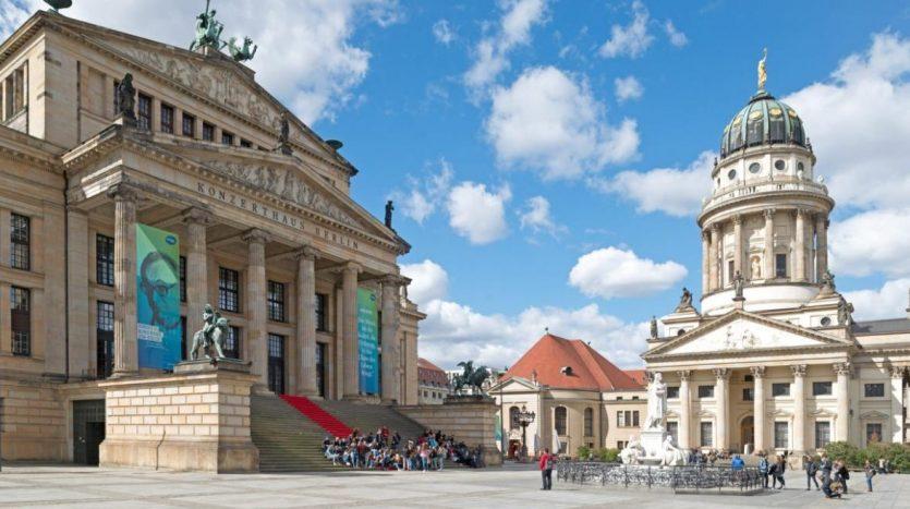 vue du Komische Oper de Berlin