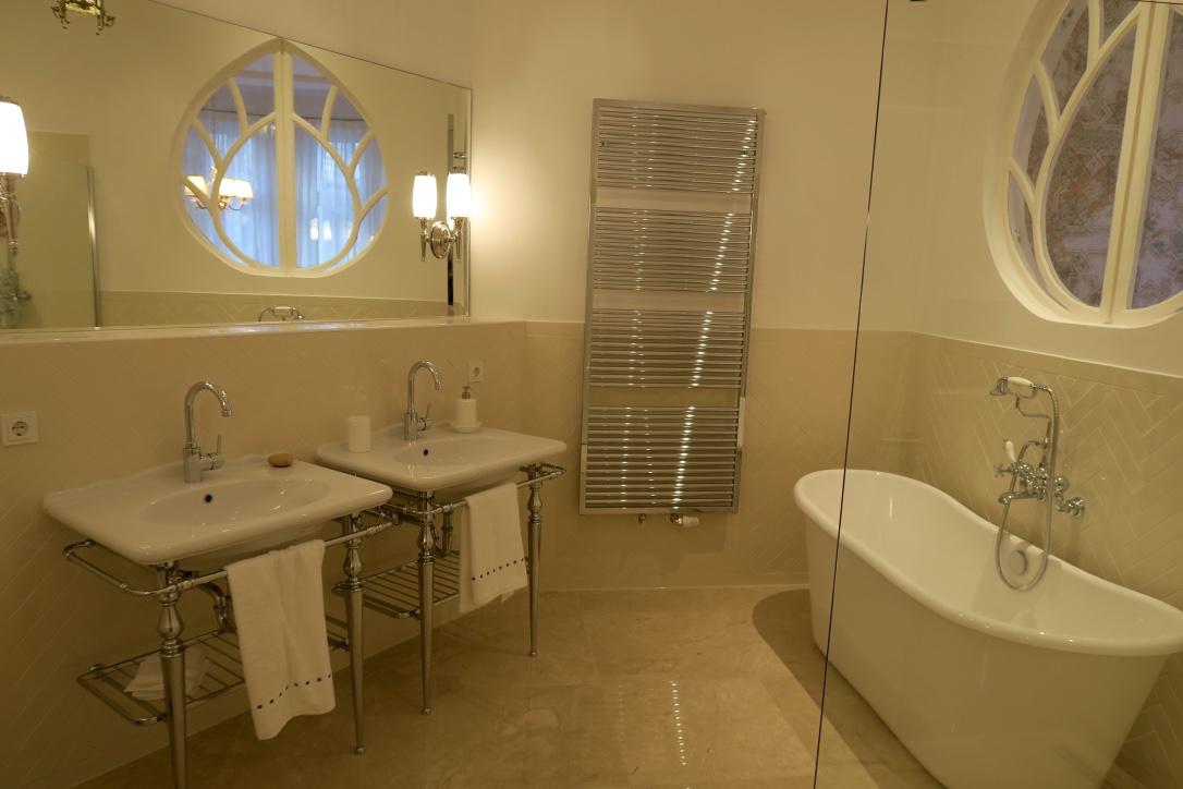 Louer luxueux appartement meubl wilmersdorf for Salle de bain 1900
