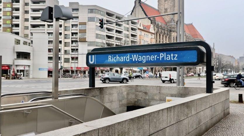 U-Bahn Richard-Wagner-Platz