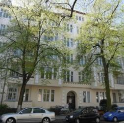 Bel altbau de 5 Pièces avec balcon au coeur de Wilmersdorf