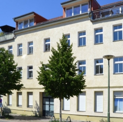 Investissement locatif dans un 2 pièces rénové avec terrasse à Köpenick