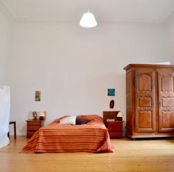 Joli 5 pièces avec balcon et cheminée pour une famille à Waidmannslust