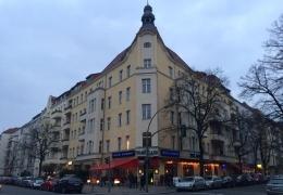 Investissement locatif – 2 pièces avec balcon à Akazienkiez